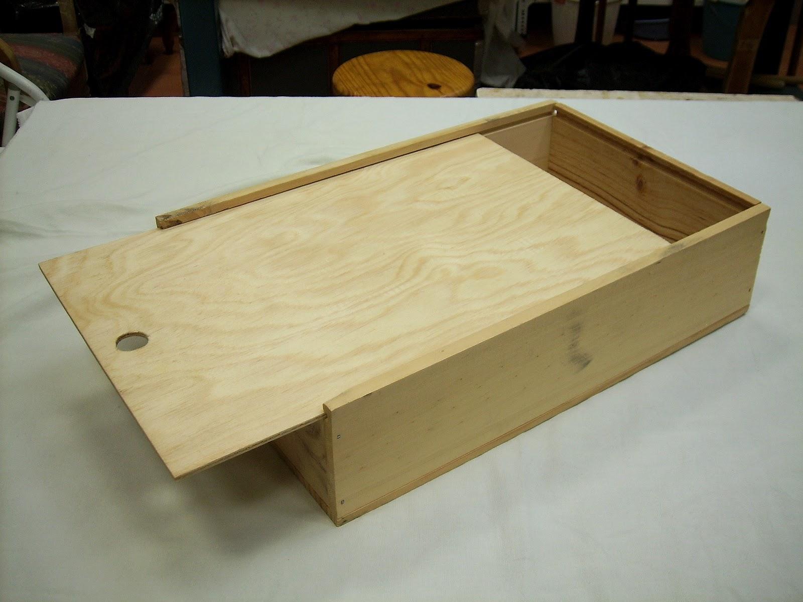 Ideas para reutilizar caja de vinos o similares for Caja madera con tapa