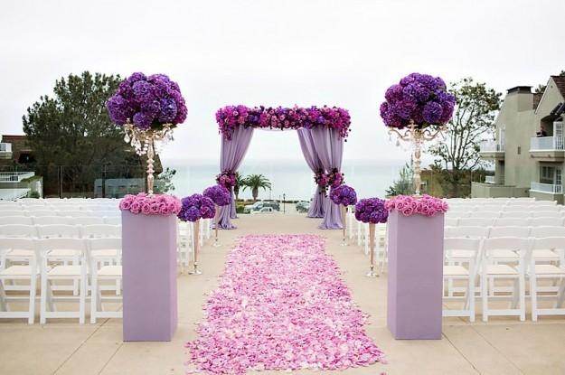 altar-con-orquideas-violetas