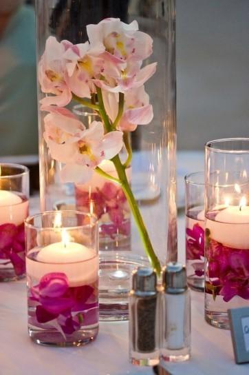 centro-de-mesa-chic-con-vasos-y-velas