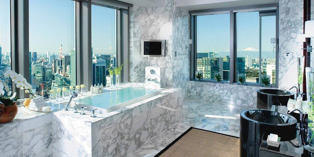 baño marmoreo