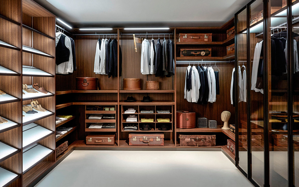 Vestidores con muchas comodidades - Diseno interior armario ...