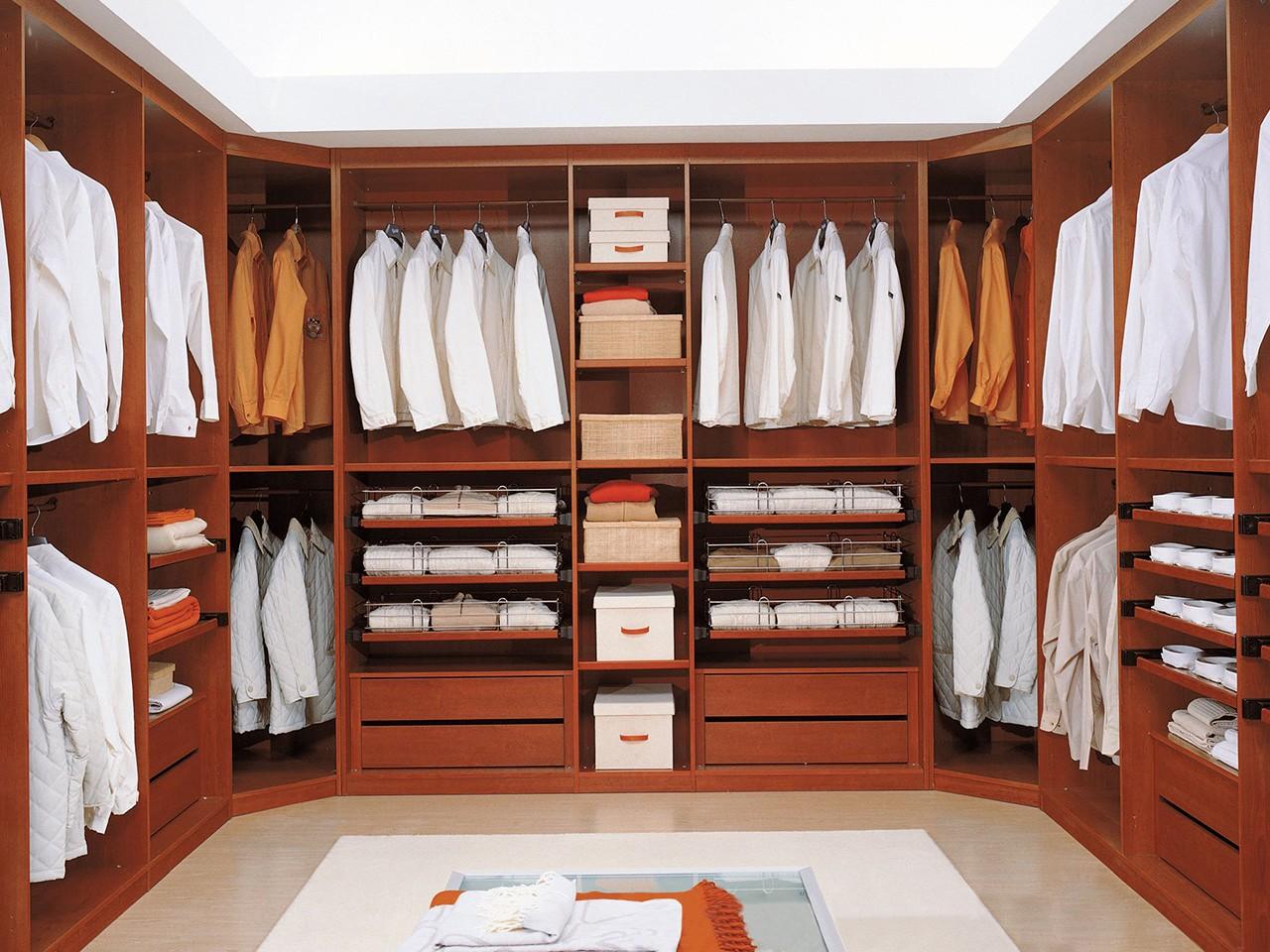 Vestidores con muchas comodidades for Espejos para vestidor baratos
